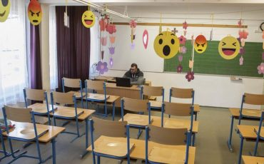 iskolanyitas-majus10